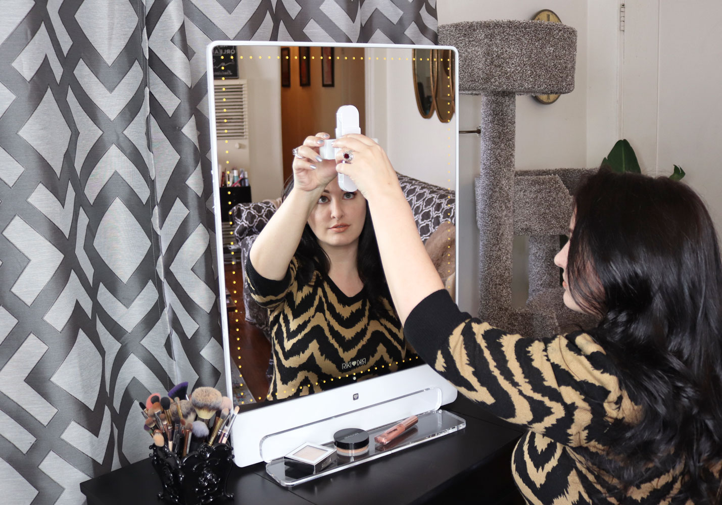 Glamcor Riki Tall Lighted Mirror Review