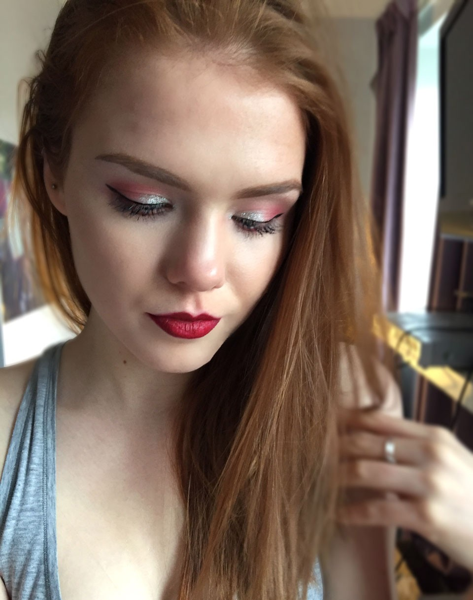Holiday makeup tutorial my beauty bunny holiday makeup tutorial baditri Gallery