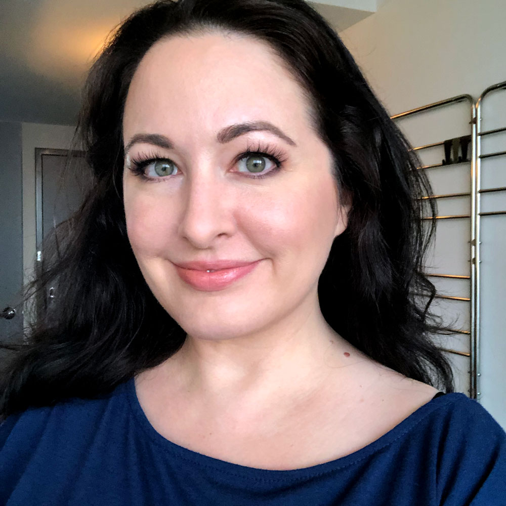 Jen of My Beauty Bunny blog shares her thyroid cancer story