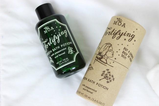Magic Organic Apothecary Fortifying Green Bath Potion