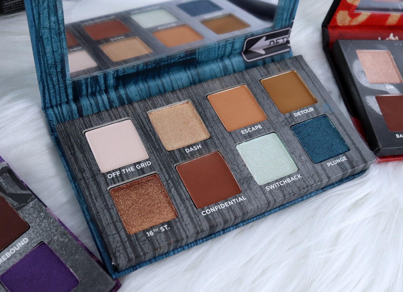 Urban Decay Born to Run Detour Eyeshadow Palette Review