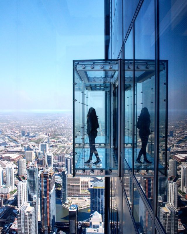 Top 4 Fun Things to do in Chicago - SkyDeck